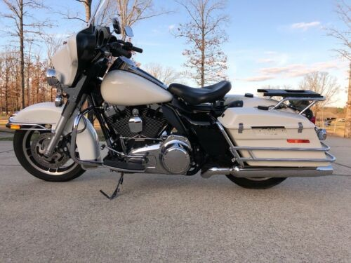 2012 Harley-Davidson Touring White for sale craigslist