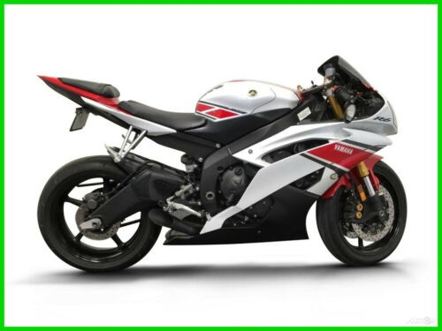 2012 Yamaha YZF CALL (877) 8-RUMBLE White for sale