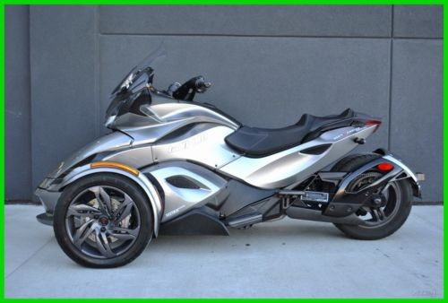 2013 Can-Am Spyder ST-S SE5 (Electric Shift) - C2DG StS C2dg Silver Platinum craigslist