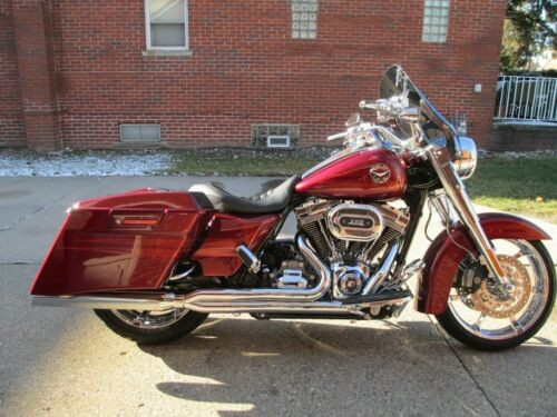 2013 Harley-Davidson FLHRSE5 SCREAMIN EAGLE ROAD KING CVO Red for sale craigslist