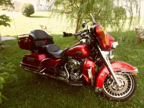 2013 Harley-Davidson Touring Red for sale