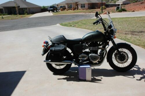 2013 Triumph Bonneville Green for sale