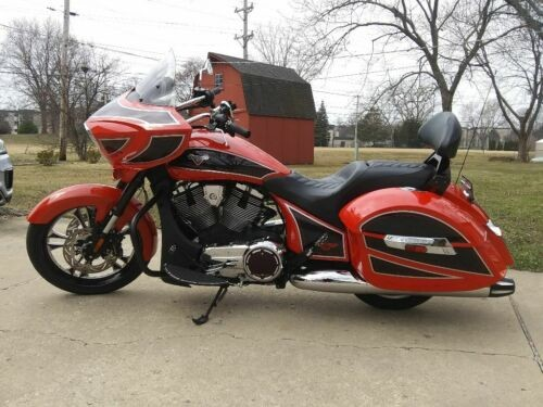 2014 Victory Ness Cross Country red/blk for sale