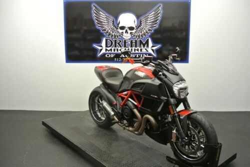 2015 Ducati Diavel Carbon -- Red craigslist