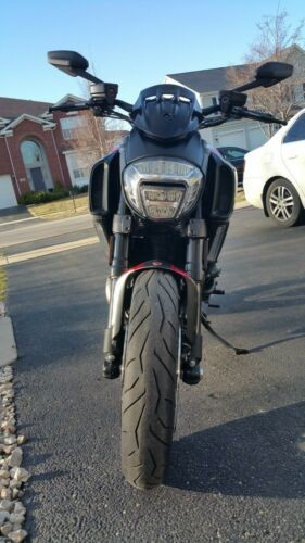 2015 Ducati Diavel Carbon Red for sale