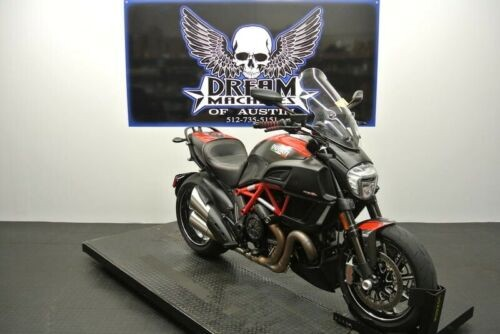 2015 Ducati Diavel Carbon -- Red for sale