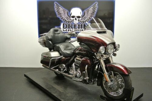 2015 Harley-Davidson FLHTKSE - Screamin Eagle CVO Limited -- Silver for sale