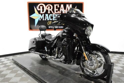 2015 Harley-Davidson FLHXSE - Screamin Eagle Street Glide CVO -- Carbon Crystal with Phantom Flames for sale craigslist