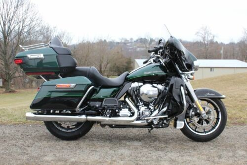 2015 Harley-Davidson Touring Green for sale