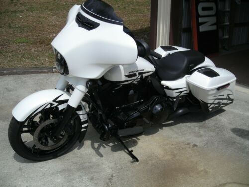 2015 Harley-Davidson Touring white pearl for sale craigslist