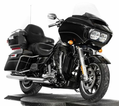 2016 Harley-Davidson Touring Vivid Black for sale