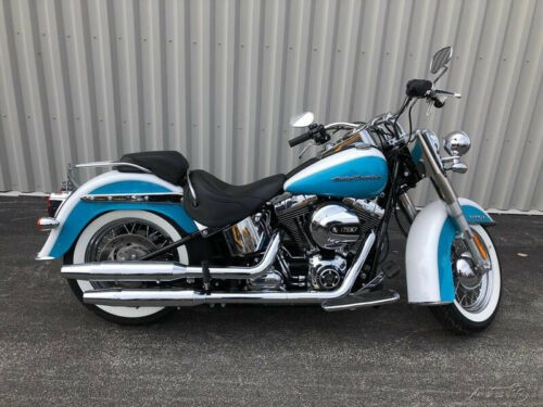2017 Harley-Davidson Softail Flstn  Deluxe Crushed Ice Pearl/Frosted Teal for sale