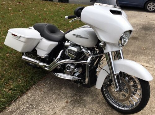 2017 Harley-Davidson Street Glide Special FLHXS Crushed Ice Pearl diamond flew for sale craigslist