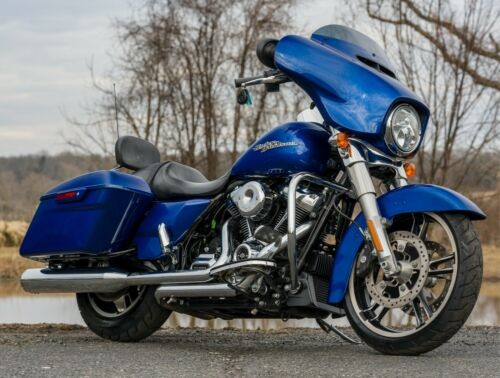 2017 Harley-Davidson Touring Superior Blue for sale