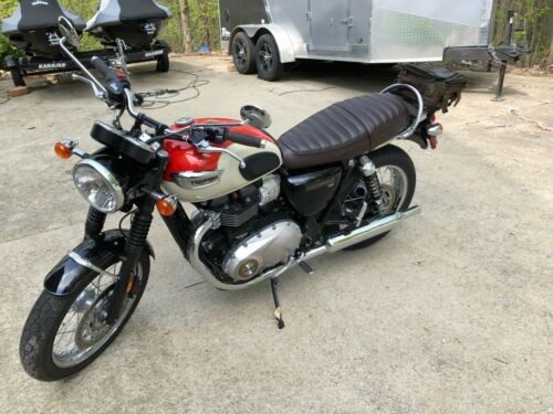 2017 Triumph Bonneville white and orange for sale