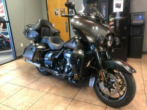 2018 Harley-Davidson Touring Black Earth Fade for sale craigslist