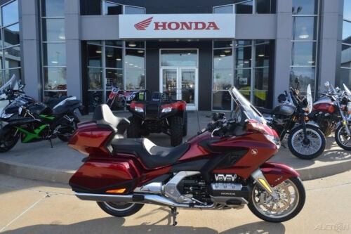 2018 Honda Gold Wing Tour Candy Ardent Red Red for sale