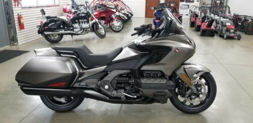 2018 Honda Gold Wing red, blue or white for sale craigslist