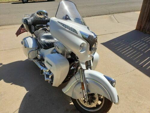2018 Indian Roadmaster Classic two-tone White for sale craigslist