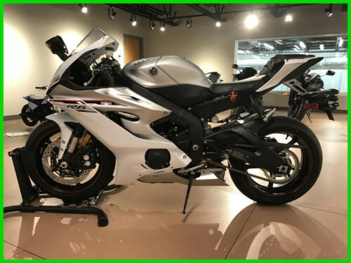 2018 Yamaha YZF R6 White for sale