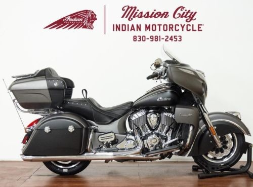 2019 Indian Roadmaster® Steel Gray Smoke / Thunder Black Smoke -- Black for sale