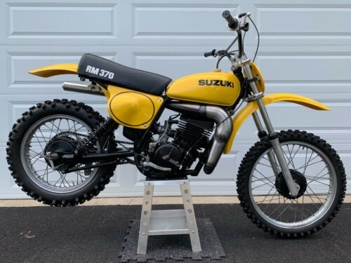 1976 Suzuki RM Yellow for sale