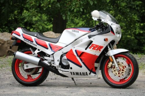 1987 Yamaha FZR1000 White for sale