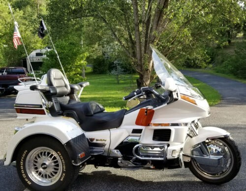 1988 Honda Gold Wing white pearl for sale
