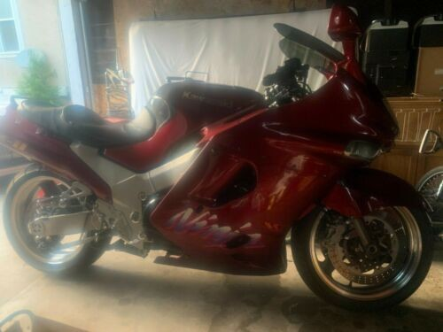 1993 Kawasaki Ninja Metalic maroon for sale