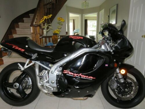 1997 Triumph Daytona Black for sale craigslist