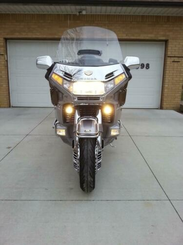 1999 Honda Gold Wing Twighlight Silver for sale craigslist