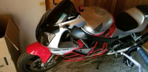 2000 Honda RC51 Red and silver for sale craigslist