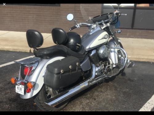 2001 Honda Shadow Grey and White for sale craigslist