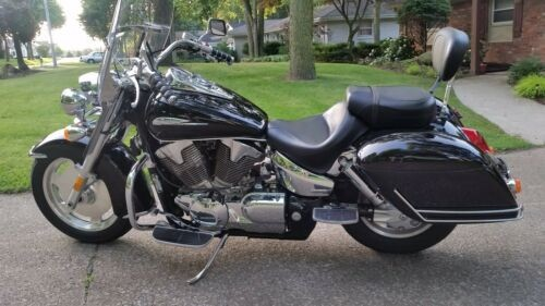 2006 Honda VTX1300 S/R Black for sale