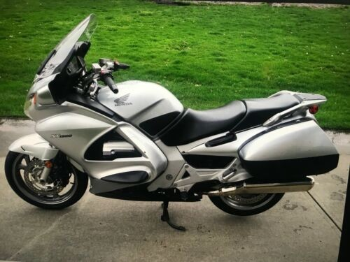 2007 Honda ST1300 SPORT TOURING BIKE! Silver for sale craigslist