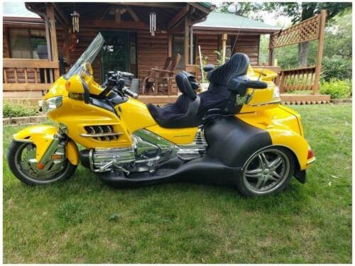 2009 Honda Gold Wing Yellow for sale craigslist