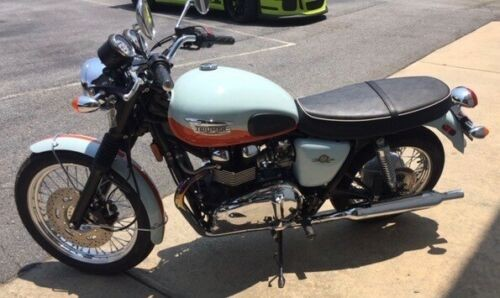 2009 Triumph Bonneville Light blue/orange craigslist