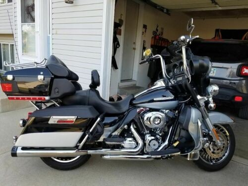 2012 Harley-Davidson Touring Midnight blue and silver for sale craigslist