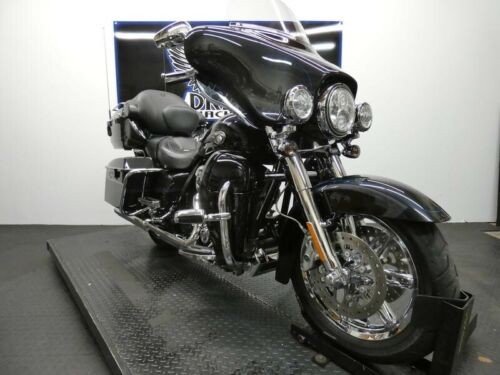 2013 Harley-Davidson FLHTCUSE8 - CVO Ultra Classic Electra Glide 110th -- Black for sale craigslist