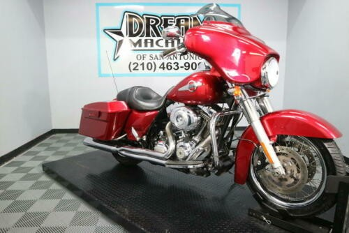 2013 Harley-Davidson FLHX - Street Glide -- Red for sale craigslist