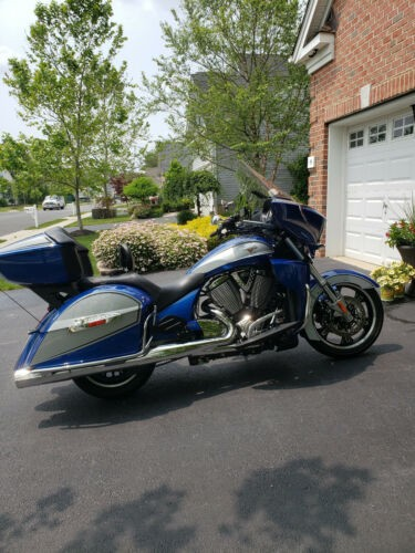 2014 Victory Cross Country Tour Blue/silver for sale craigslist