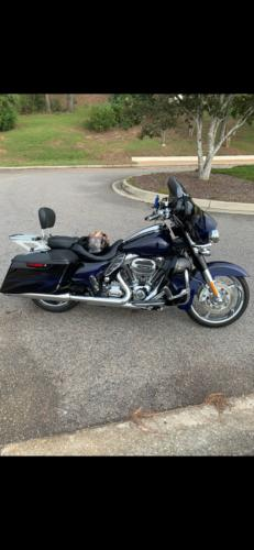 2016 Harley-Davidson Touring Black Licorice / Cobalt Blue for sale craigslist