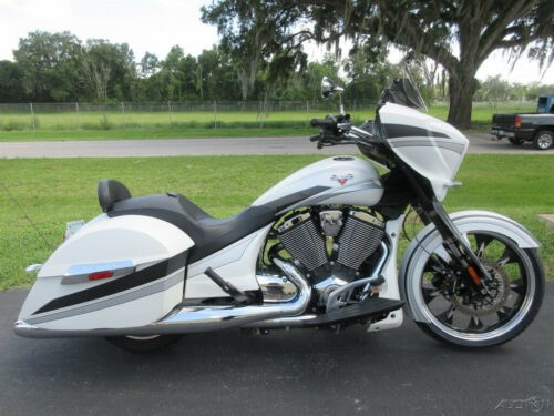 2016 Victory Magnum White for sale craigslist