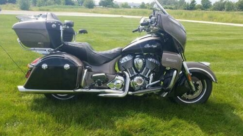 2018 Indian Roadmaster® ABS Polish.Bronze Over Thund.Black w/S -- Black for sale craigslist