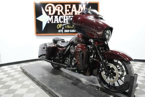 2019 Harley-Davidson FLHXSE - Screamin Eagle Street Glide CVO -- Black for sale craigslist
