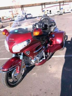 2001 Honda Gold Wing ILLUSION RED for sale craigslist