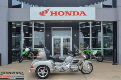 2003 Honda Gold Wing TITANIUM for sale craigslist
