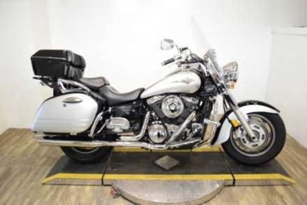 2005 Kawasaki Vulcan® 1600 Nomad™ Silver for sale