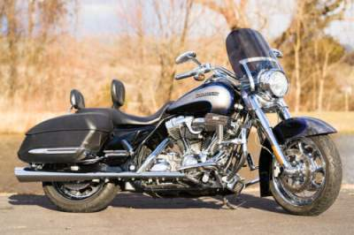 2008 Harley-Davidson Touring Black Diamond/Silver Dust with Ghost Flames for sale craigslist