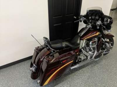 2010 Harley-Davidson Touring Burgundy for sale craigslist
